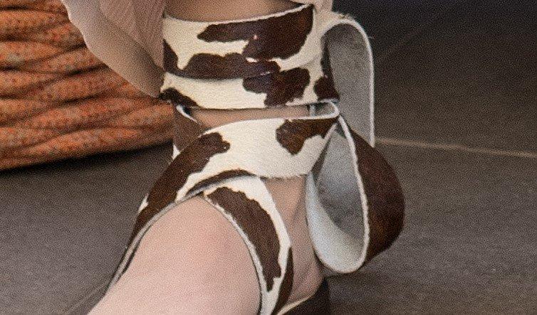 rasteira gladiadora vaca