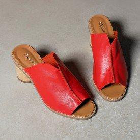 sandalia decote v vermelho 2