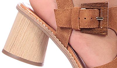 sandalia fivela madeira caramelo 4