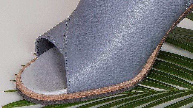 sandalia recortes cinza 2