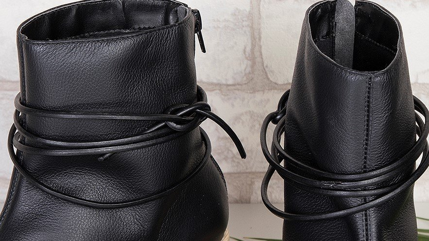 bota tiras preto 3