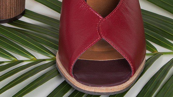 sandalia nicole burgundy 1