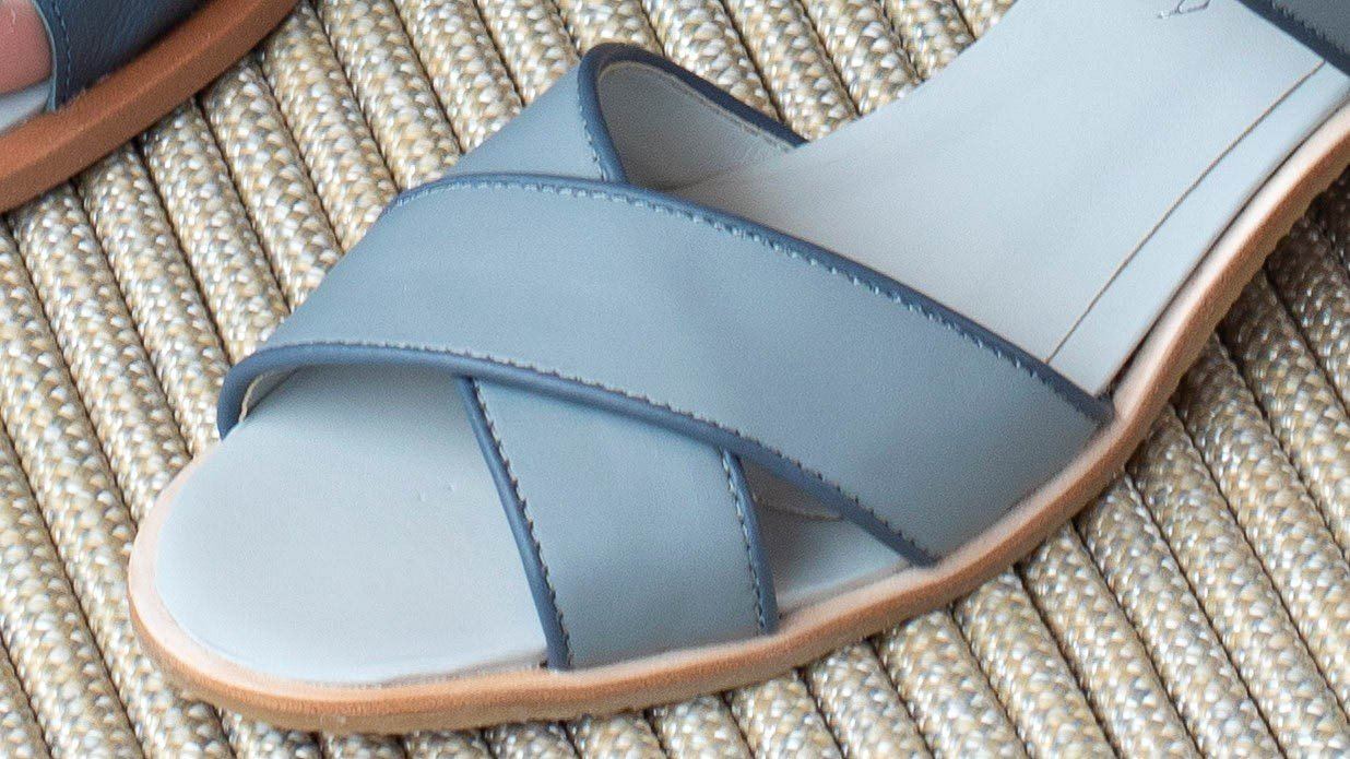 sandalia cruzada cinza 2