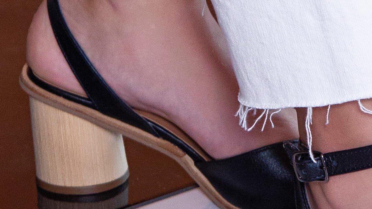 sandalia lina preto 2