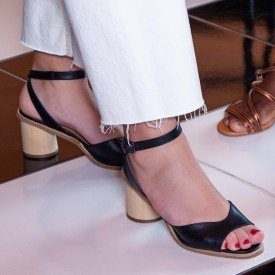 sandalia lina preto