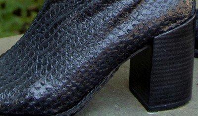 bota escamado preto 3